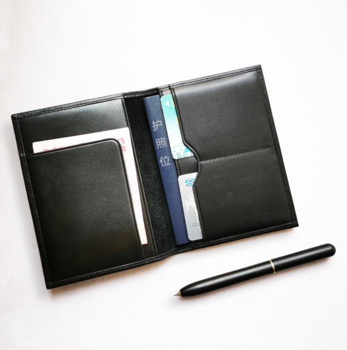 牛皮护照包配红木笔 可yabovip19logo手感软 商务亚博在线登陆套装yabovip19